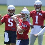 What we learned the last time the Patriots had a talented rookie fighting for the starting quarterback job - The Boston Globe