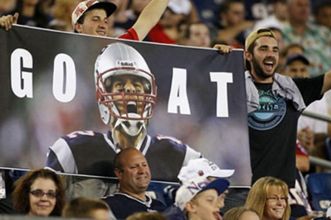 MUST SEE: Pats fan creates a halloween decoration involving Roger Goodell