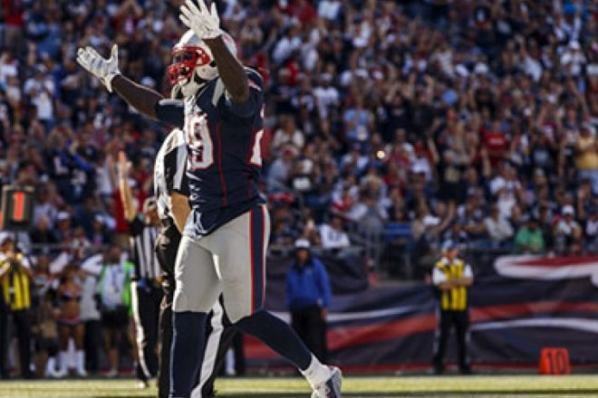 INSIDE THE NUMBERS: 3rd-and-1?  No Problem So Far for Patriots