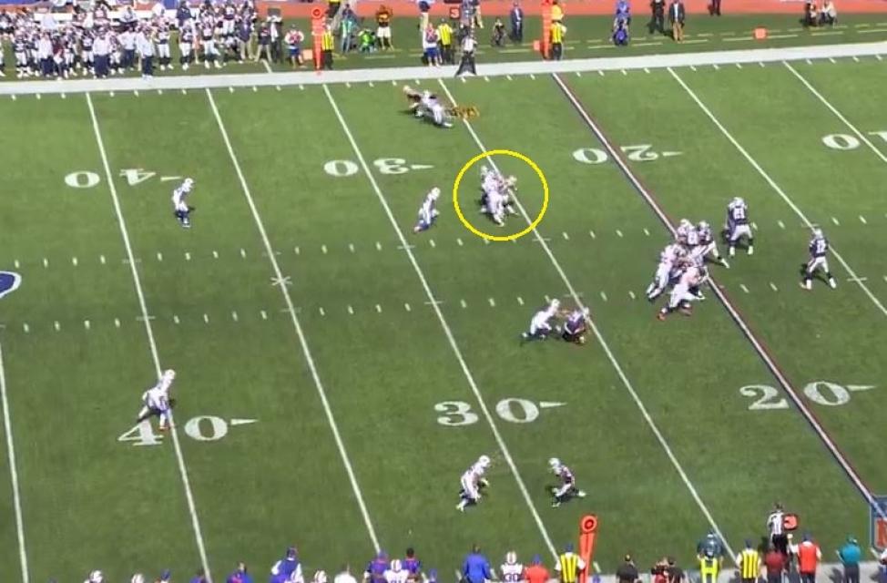Gronk Bills 28 yards deep middle3