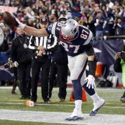 Patriots, Panthers both open as 3-point favorites