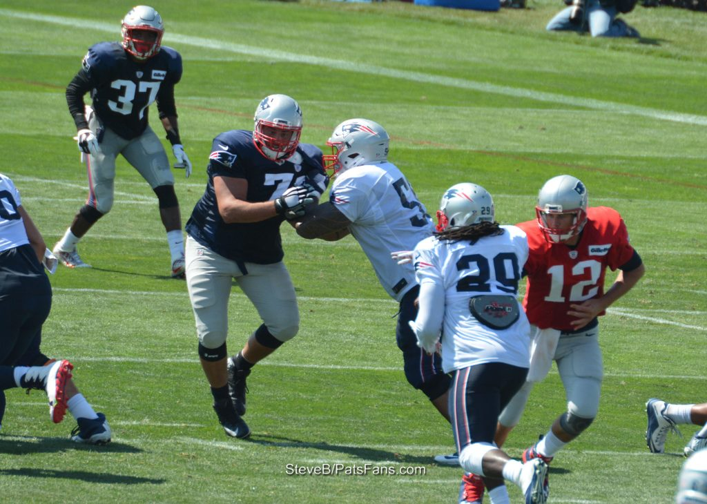 Blount running up the middle