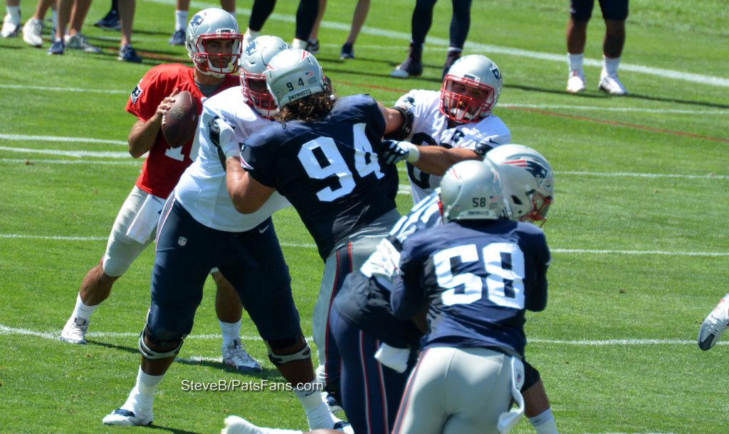Kuhn double teamed, McClellin drops into coverage with Bennett