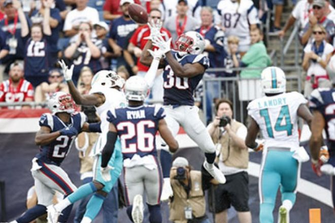 NFL Week 17 Playoff Picture: AFC #1 Seed Still Up For Grabs