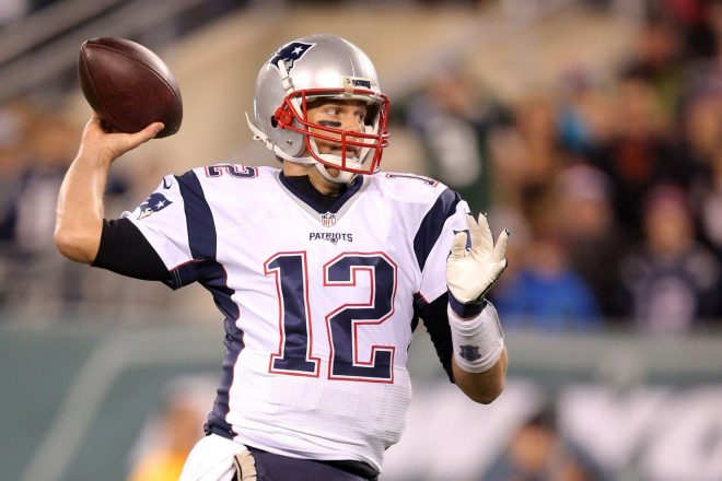 VIDEO: Watch Tom Brady as a Lead Blocker For Blount on Sunday
