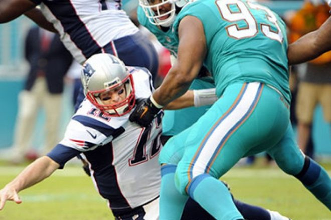 Patriots – Miami, Despite Dropping Four in a Row, Dolphins Still in the Hunt