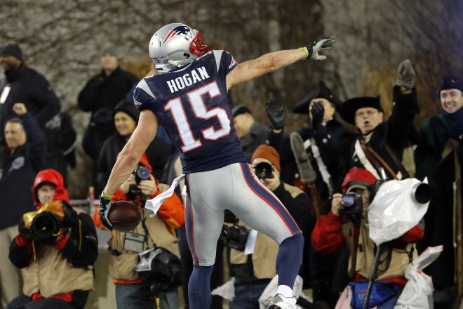 Brady, Patriots Look Super, Thrash Steelers for AFC Title
