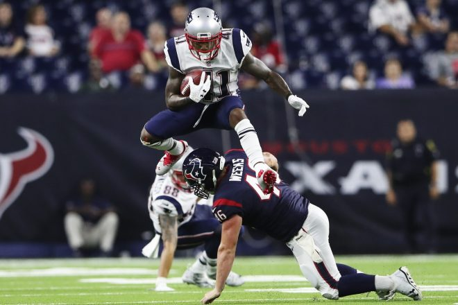 With Patriots Fearing Torn ACL, It's a Tough End For Cyrus Jones