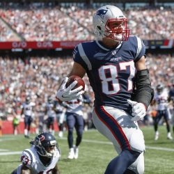 """Gronk Showed Us the """"GOAT"""" Status Isn't Limited To Brady, Belichick"""