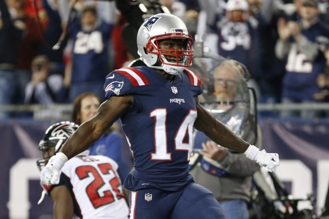 Brady Still Trying to Fix Bad Connection With Cooks on 3rd Down