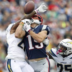Hogan's Injury Leaves Patriots In Tough Shape Heading Into the Bye