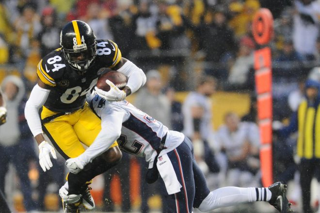Steelers' Brown Suffers Torn Calf, May Return For Playoffs