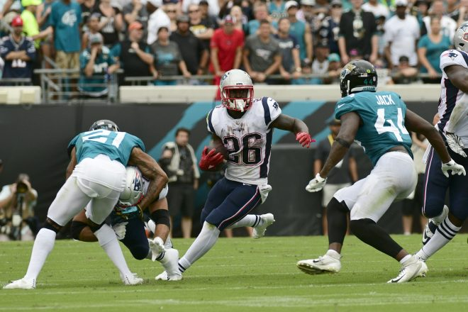 """What They're Saying: Patriots Sony Michel """"Continues to Be the Top Running Back on the Depth Chart"""" After Strong Start"""