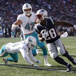 Patriots-Dolphins Week 14, Key Matchups, Who Has the Razor's Edge?