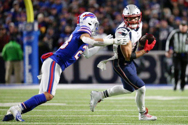 Best Of Social Media Week 8: Patriots vs Bills