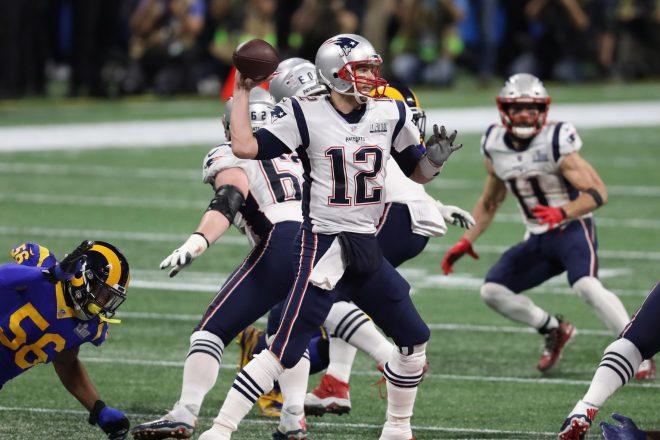 VIDEO: Tom Brady Hits The Ski Slopes