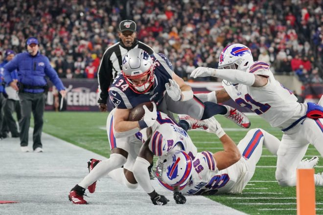 """""""The East is Not Enough"""" – Patriots Hold Off Bills 24-17"""