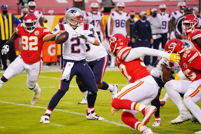 Missed Opportunities, Sloppy Mistakes Bury Patriots in 26-10 Loss to the Chiefs