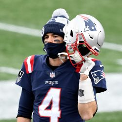 Sunday Night Was a Reminder that the Patriots Still Need a QB