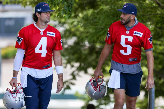 Patriots Stidham Reportedly Sidelined By Shoulder Ailment