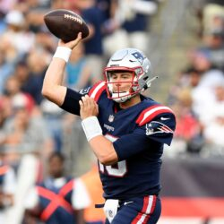 Red Zone Offense, Penalties Doom Patriots in 17-16 Loss to Miami